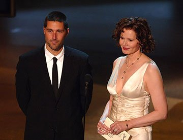 Matthew Fox and Geena Davis Emmy Awards - 9/18/2005