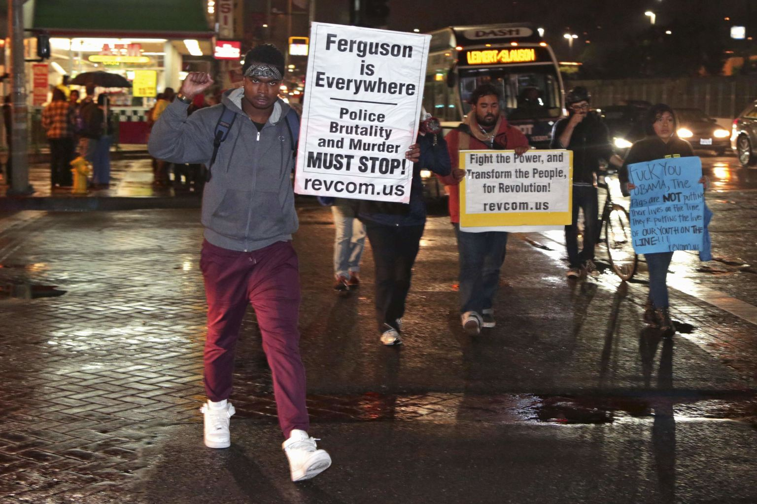Protesters march against the New York City grand jury decision to not ...