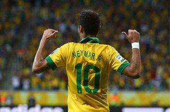 Scolari: Barcelona must be beaming about Neymar