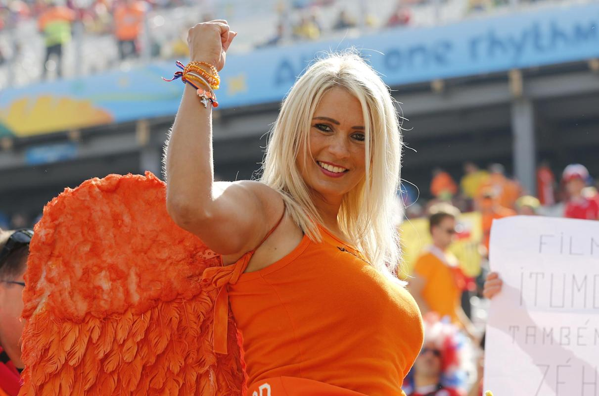 Photogenic fans of the World Cup - Day 12