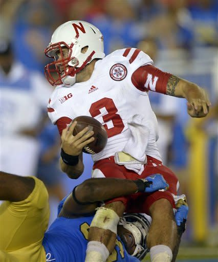 Hundley leads UCLA past No. 17 Nebraska 36-30