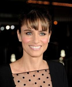 Amanda Peet to Star in Duplass Brothers' HBO Pilot 'Togetherness'