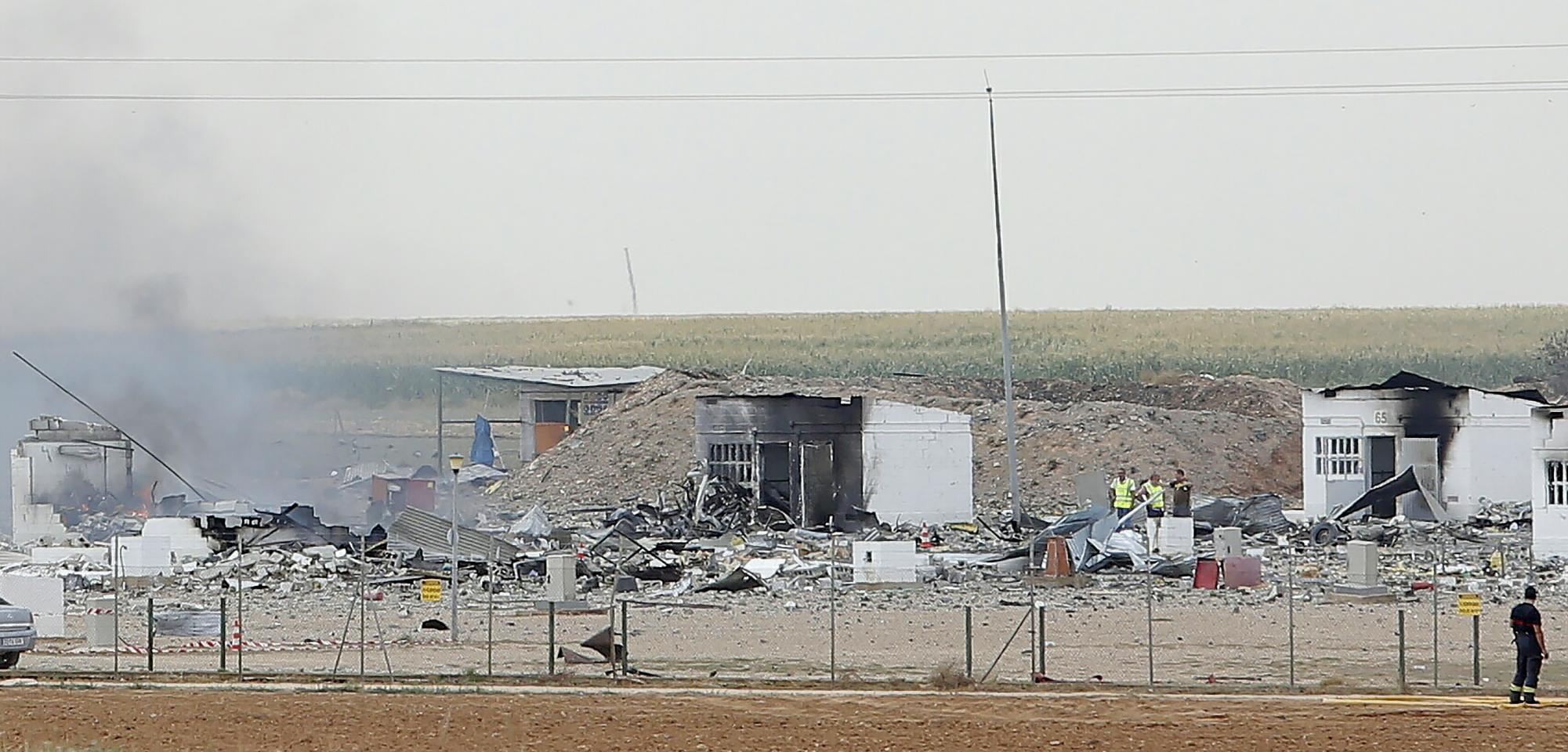 Huge blast at Spanish fireworks factory kills 5, wounds 3