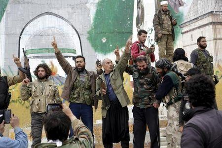 Islamist groups seize Syrian city Idlib for first time