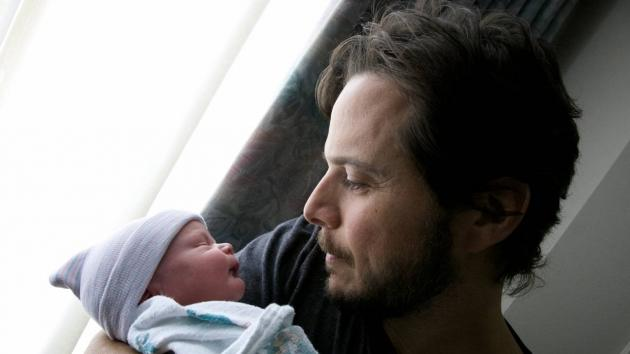 Scott Wolf seen holding baby Miller William -- Scott Wolf