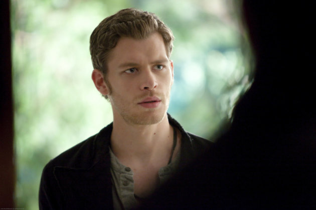 Vampire Diaries Hot Shots: Klaus Pays a Visit to [Spoiler], Bonnie Gets Knocked Down