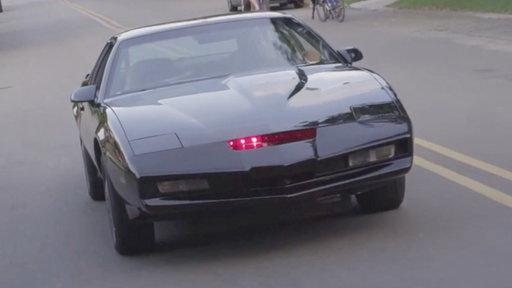 'Knight Rider' Superfan Spends Three Years Building KITT
