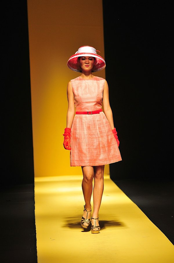 philippines-fashion-week-holiday-2013-20130525-223355-054.jpg
