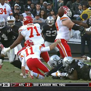 Oakland Raiders defensive tackle Stacy McGee fumble recovery