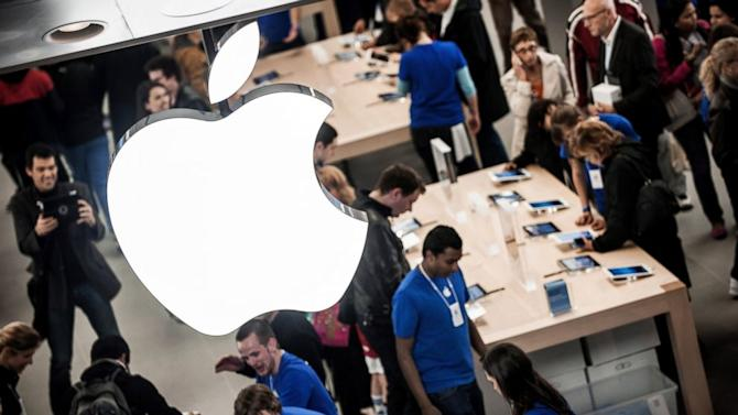 Apple Can Track You in Its Stores, and That Might Not Be Bad