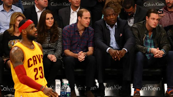 LeBron, Cavs roll in front of royal audience