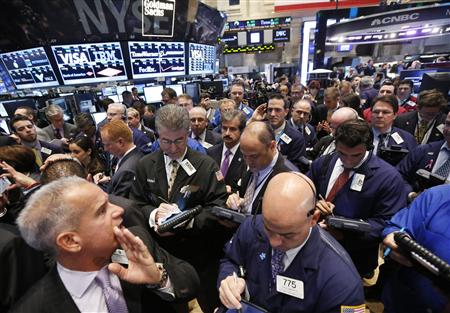 Traders wait for Tableau Software Inc. to begin trading on the floor of the New York Stock Exchange, May 17, 2013. REUTERS/Brendan McDermid