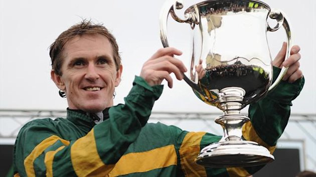 Tony McCoy celebrates his 4,000th career winner at Towcester (Getty Images)