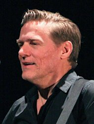 Bryan Adams to be a dad again