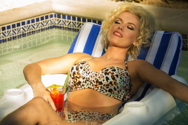 Agnes Bruckner on Becoming 'Anna Nicole': 'The Transformation Is Really a ...