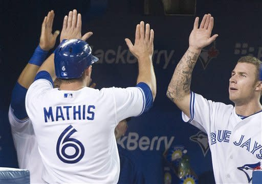 Lawrie hits winning HR as Blue Jays beat Rangers