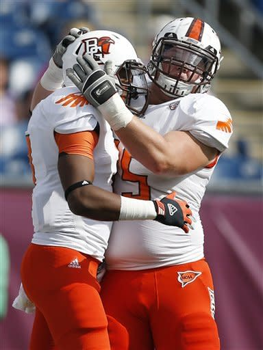 Bowling Green picks off Massachusetts 24-0
