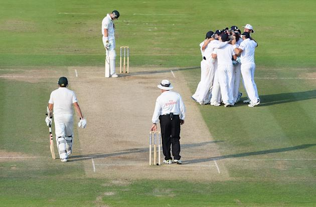 England v Australia: 2nd Investec Ashes Test - Day Four