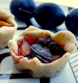 Tiny Plum Tarts
