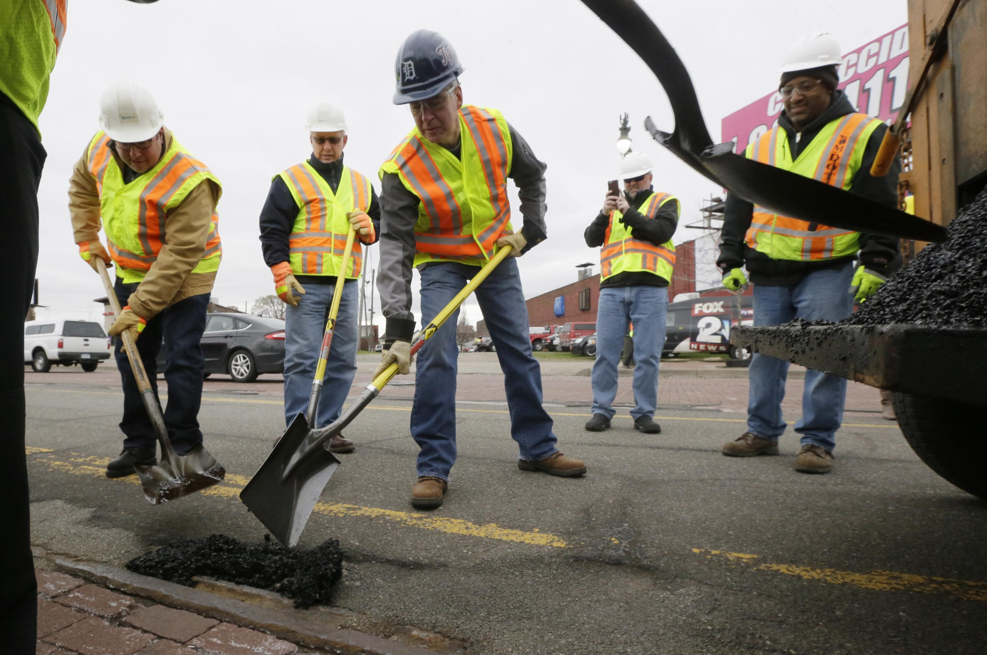 Michigan vote tests pothole angst vs. will to raise taxes
