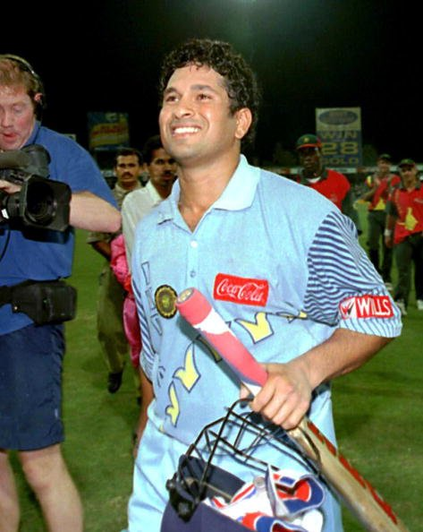 India&amp;#39;s Sachin Tendulkar enjoys a moment of glory