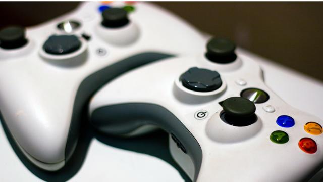 Xbox Live Celebrates 10 Years of Connecting Gamers