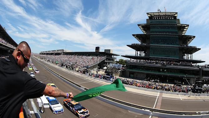 Crown Royal Presents The Curtiss Shaver 400 At The Brickyard