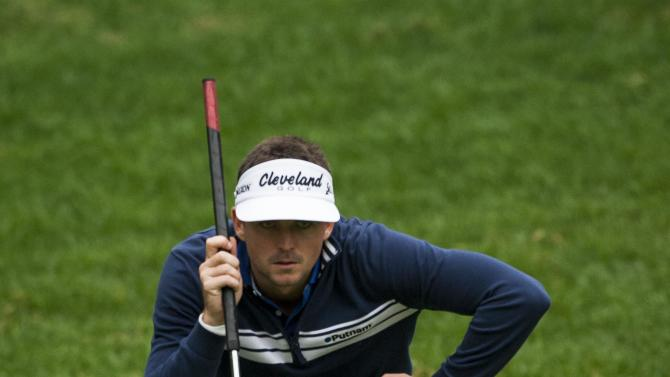 Keegan Bradley lines up a put on the first hole during the first round of the World Challenge golf tournament at Sherwood Country Club in Thousand Oaks, Calif., Thursday, Nov. 29, 2012.  (AP Photo/Bret Hartman)