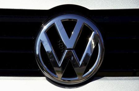 Volkswagen says 77,000 Australia vehicles had emissions cheating software