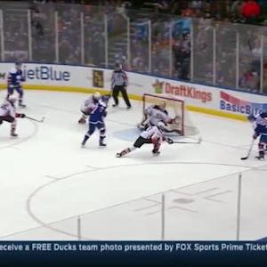 Frederik Andersen Save on John Tavares (11:02/2nd)