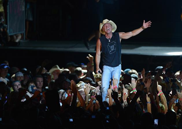 Kenny Chesney -- Entertainer of the Year Nominee
