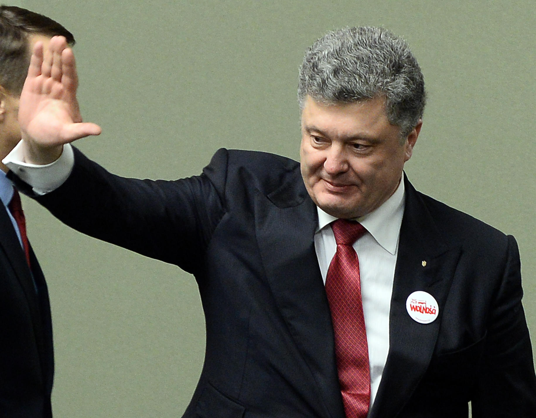 Ukraine, pro-Russia rebels agree to resume peace talks