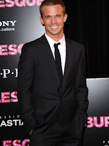 burlesque la premiere 2010 cam gigandet 53403 here are some more photos of 2009 Teen Hairstyles for Back to School!