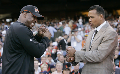 Bonds and A-Rod, circa 2007. (AP)