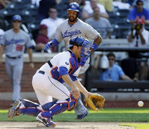 Dodgers rally in 12th to sweep fading Mets, 8-3