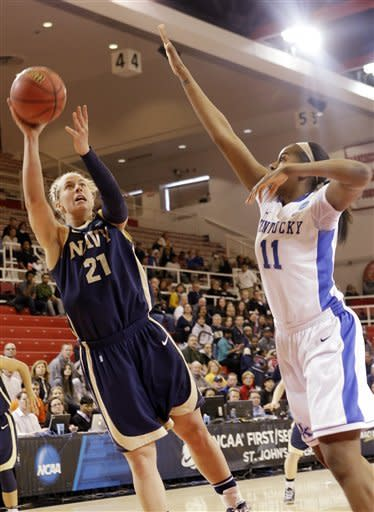 Kentucky women sink Navy 61-41 in NCAA tourney