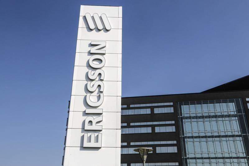 Ericsson sees North American slowdown as Q4 sales lag forecasts