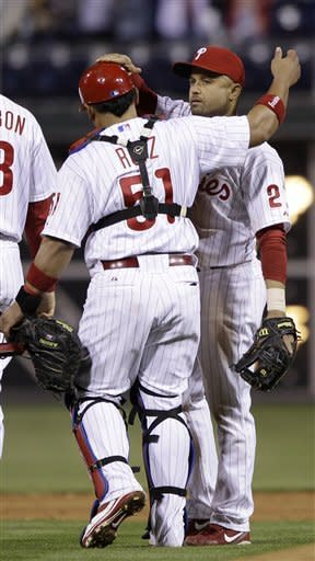 Polanco's 2-run double leads Phillies over Cubs