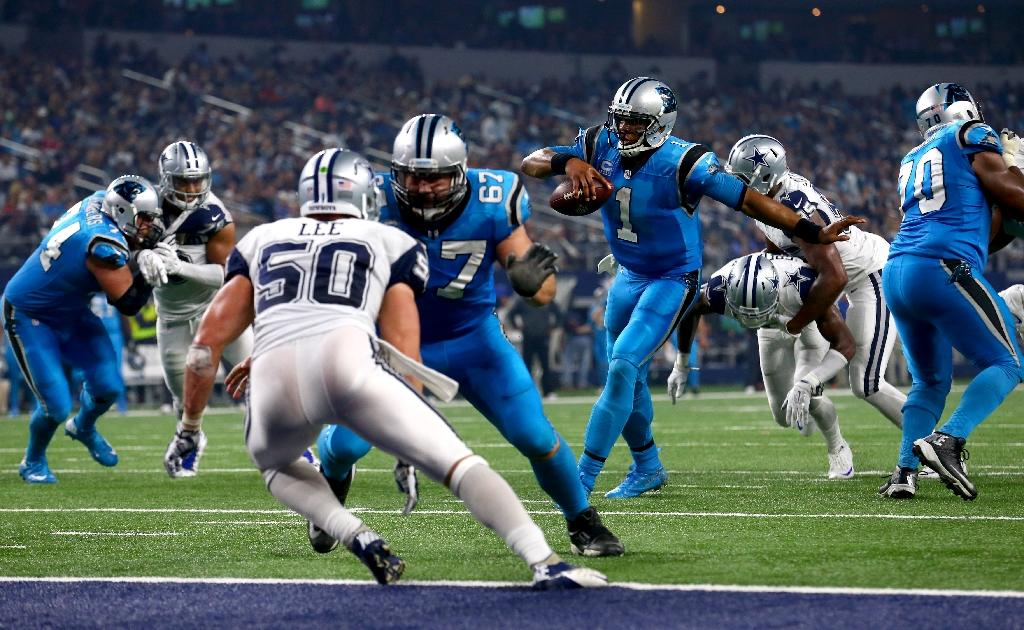 Panthers stay unbeaten, Bears upset Packers