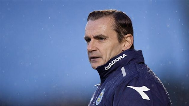 Danny Lennon wants St Mirren to maintain their current momentum