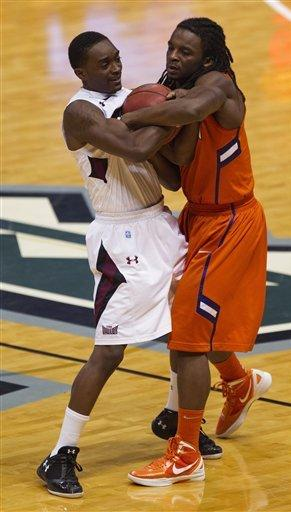 Clemson outlasts Southern Illinois 83-75 in OT