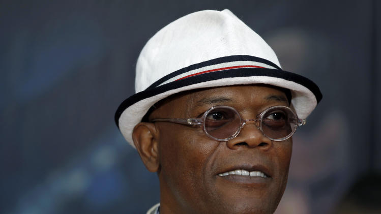 "FILE - In this April 11, 2012 file photo, actor Samuel L. Jackson arrives at the premiere of ""The Avengers"" in Los Angeles. Jackson is hosting the BET Awards, Sunday, July 1, 2012. (AP Photo/Matt Sayles, File)"