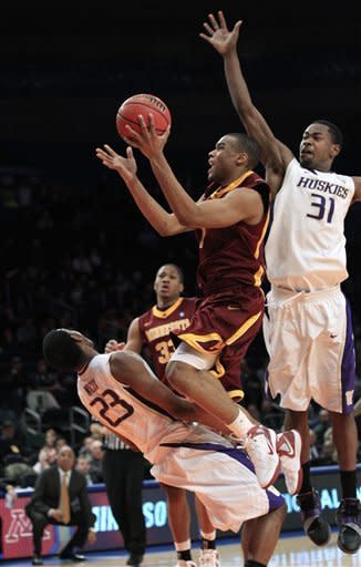 Minnesota tops Washington 68-67 in OT in NIT semis
