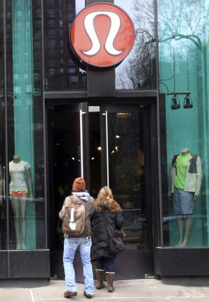 See-through yoga pants a pain for Lululemon