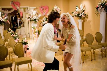 Ashton Kutcher and Cameron Diaz in 20th Century Fox's What Happens in Vegas
