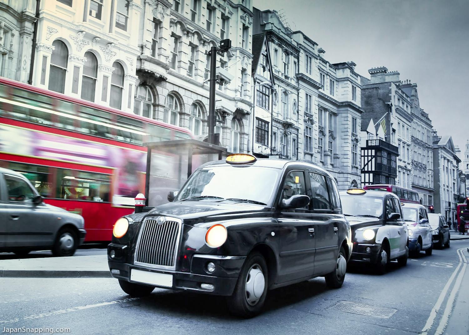 Uber: London black cab demo brings traffic chaos to city