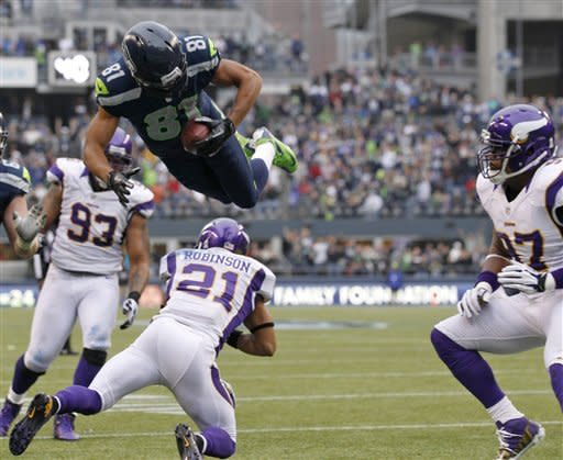 Lynch, Wilson lead Seattle past Vikings 30-20