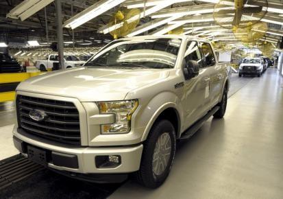 U.S. auto union, Ford avert strike at pickup factory
