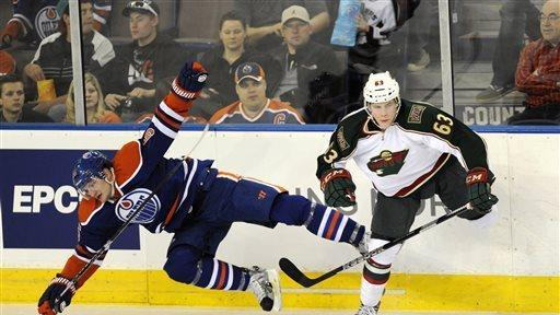 Brodziak nets 2 goals, Wild beats Oilers 5-3