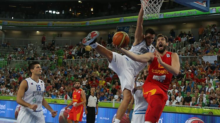 Italy beats Spain; Greece knocked out at Euros